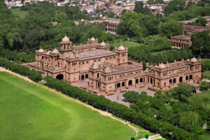Where Can You Find the Best Universities in Pakistan?